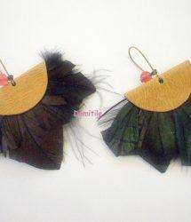 Boucles d'oreilles plumes et cuir tendances