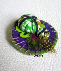 Broche artisanale unique
