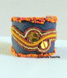 Bracelet art textile, sculpture